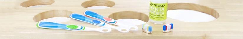 La sélection de produits d'hygiène bucco-dentaire de Negozio Leggero.